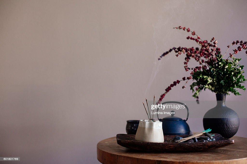 Incense burning on tea tray : ストックフォト
