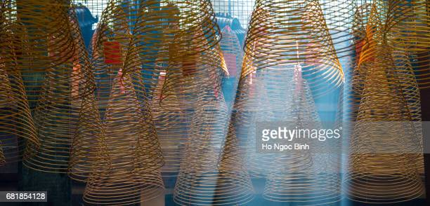 incense coils in thien hau pagoda in chinatown. - thien hau pagoda stock pictures, royalty-free photos & images