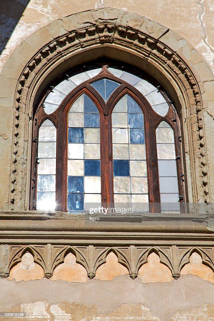 INCISIÓN en casa ventana de Italia : Foto de stock
