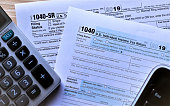US Income tax forms 1040 and new 1040 SR for 2019