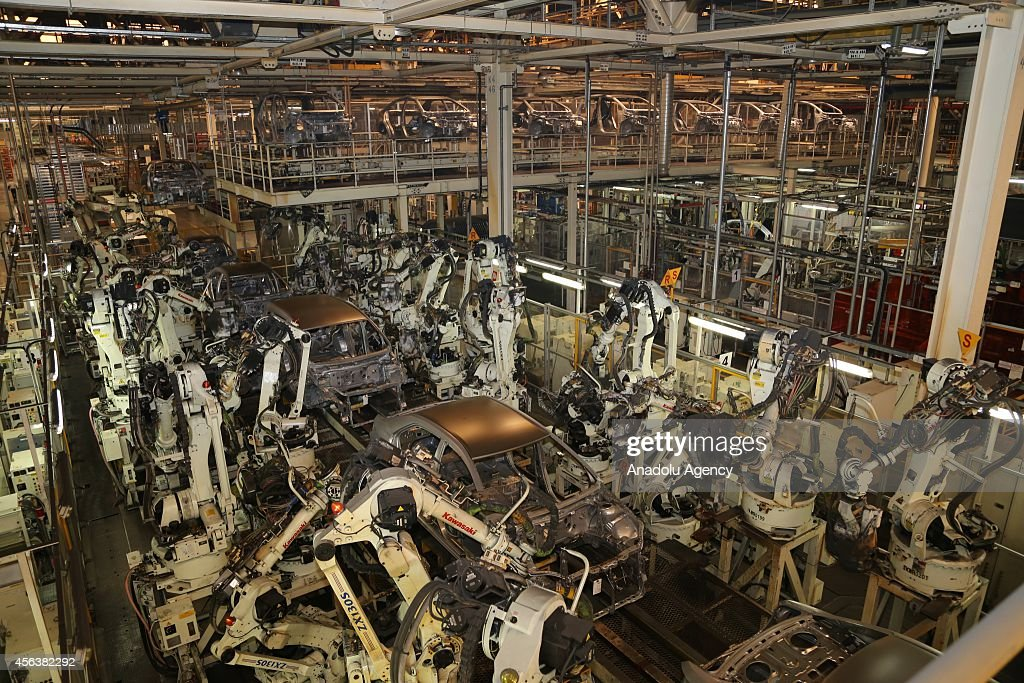 Toyota Motor Manufacturing Turkey's (TMMT) assembly plant : News Photo