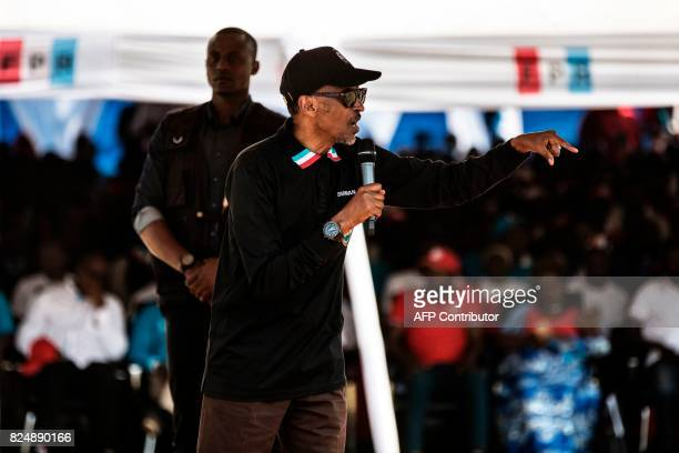 Incumbent Rwandan President Paul Kagame gives a speech during a campaign rally on July 31, 2017 in Gakenke ahead of August 4 presidential election....