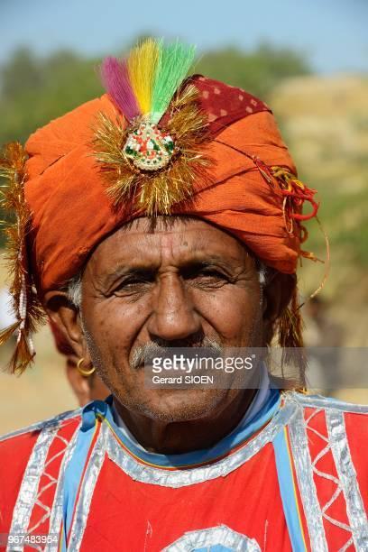 Inde Rajasthan region du Marwar Jaisalmer festival du Desert ceremonie de la procession portrait d'homme//India Rajasthan Marwar region Jaisalmer...