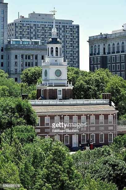 independence hall, philadelphia, pennsylvania - basslabbers, bastiaan slabbers stock pictures, royalty-free photos & images