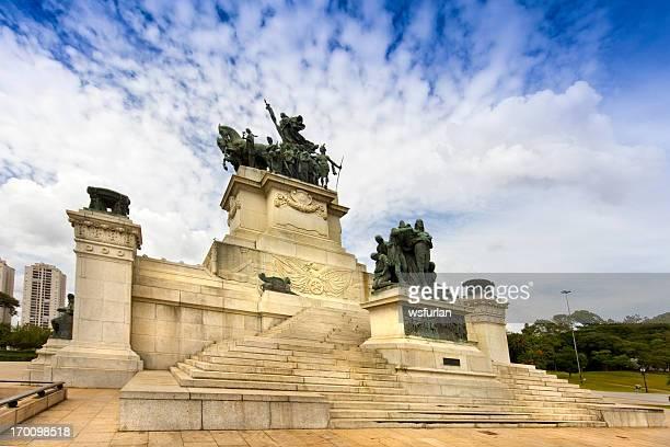 monumento da independência - independência imagens e fotografias de stock