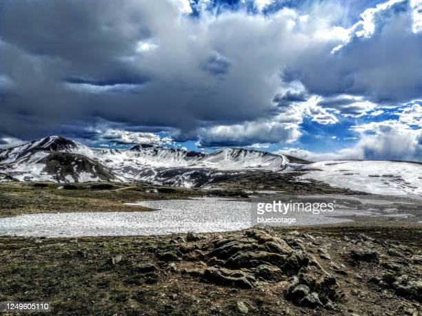 independence pass, colorado, usa - bluefootage stock pictures, royalty-free photos & images