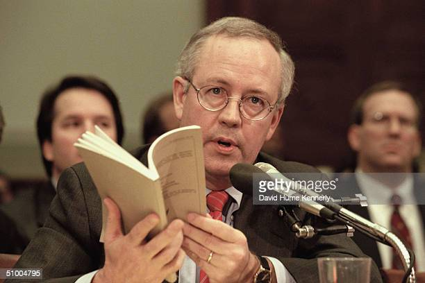 Independent Counsel Kenneth Starr addresses the House Judiciary Commitee regarding US President Bill Clinton's impeachment Washington DC November 19...