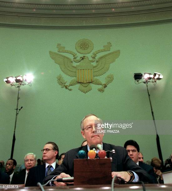 Independent Counsel Kenneth Starr testifies during the US House Judiciary Committee impeachment hearings 19 November on Capitol Hill in Washington DC...
