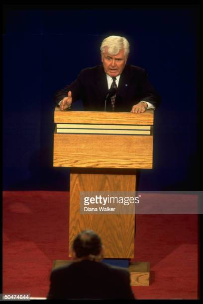 Independent VP cand. James Stockdale, Ross Perot's running mate, speaking during vice-presidential debate.