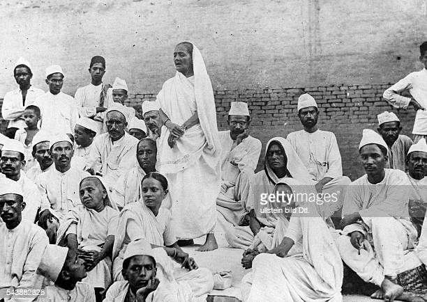 India Agitationassembly on the street for the completely independence of the british domination Photographer W Gircke 1921Vintage property of...