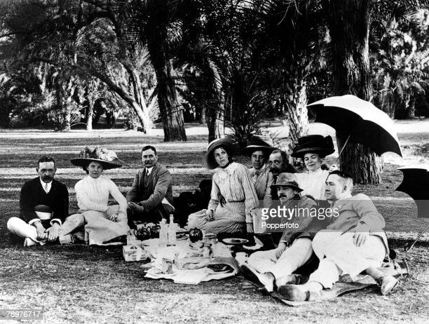 1913 India British Empire A group of Europeans enjoying a picnic Lahore
