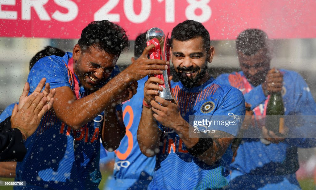India captain Virat Kohli (r) and team mates celebrate after the 3rd Vitality International T20 match between England and India at The Brightside Ground on July 8, 2018 in Bristol, England.