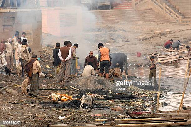 India cremation of corpses on the edge of the Ganges in Varanasi