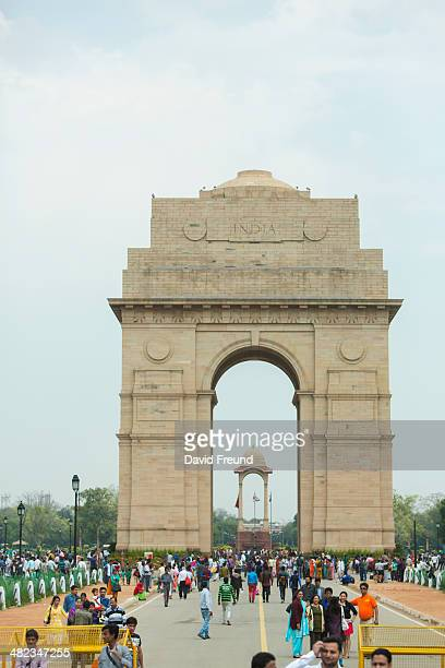 india gate daytime - india gate stock pictures, royalty-free photos & images
