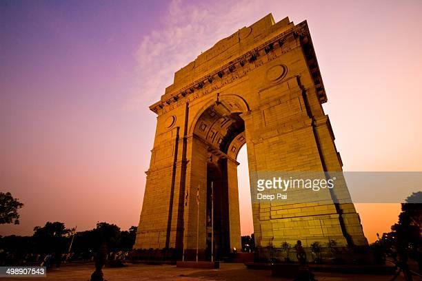 India Gate illuminated at dusk