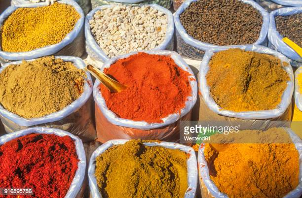 india, goa, curry spices at mapsa market - curry stock pictures, royalty-free photos & images