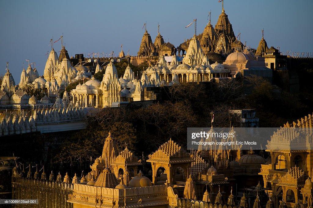 India, Gujarat, Palitana, Jain temples on Shatrunjaya Hill : Stockfoto