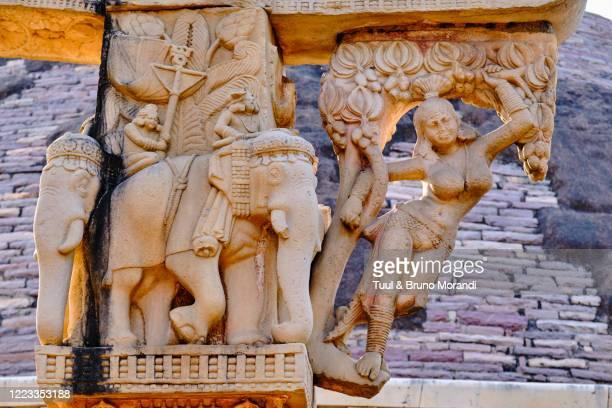 india, madhya pradesh state, sanchi, buddhist monuments - buddha state stock pictures, royalty-free photos & images