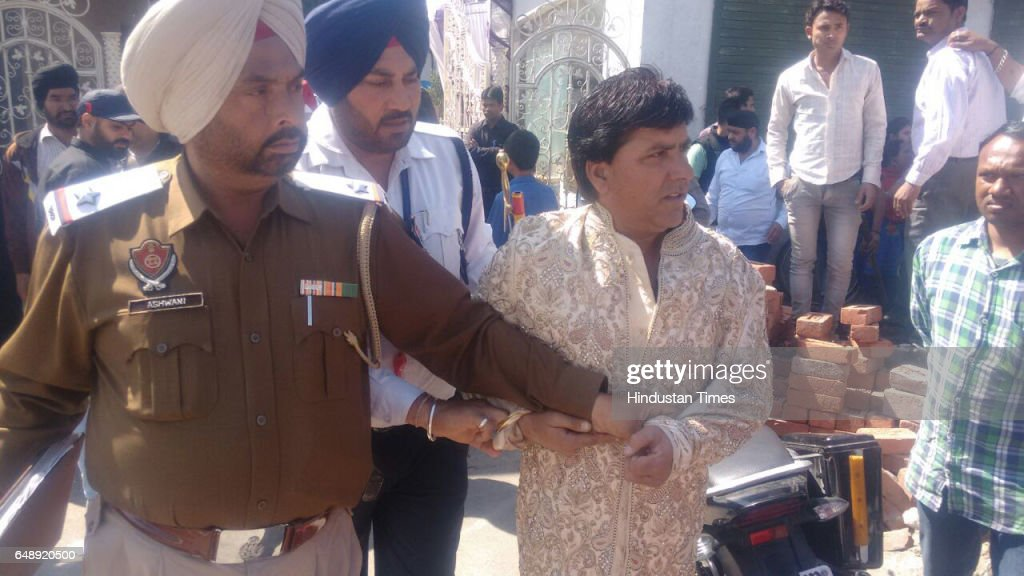 Police arrives after woman claiming first wife of the groom Vishal Kumar Sonu thrashing him outside the marriage venue on March 4 in Ludhiana