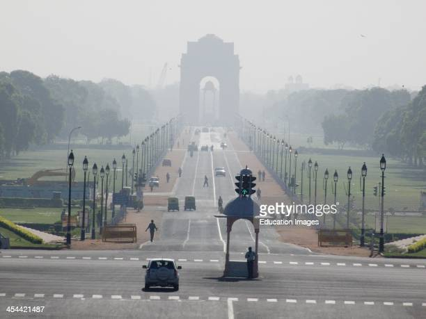 India New Delhi The View Down Raj Rath Royal Way From The Secretariat Buildings India Gate On Horizon Smaller Archway In Front Is Memorial To The...