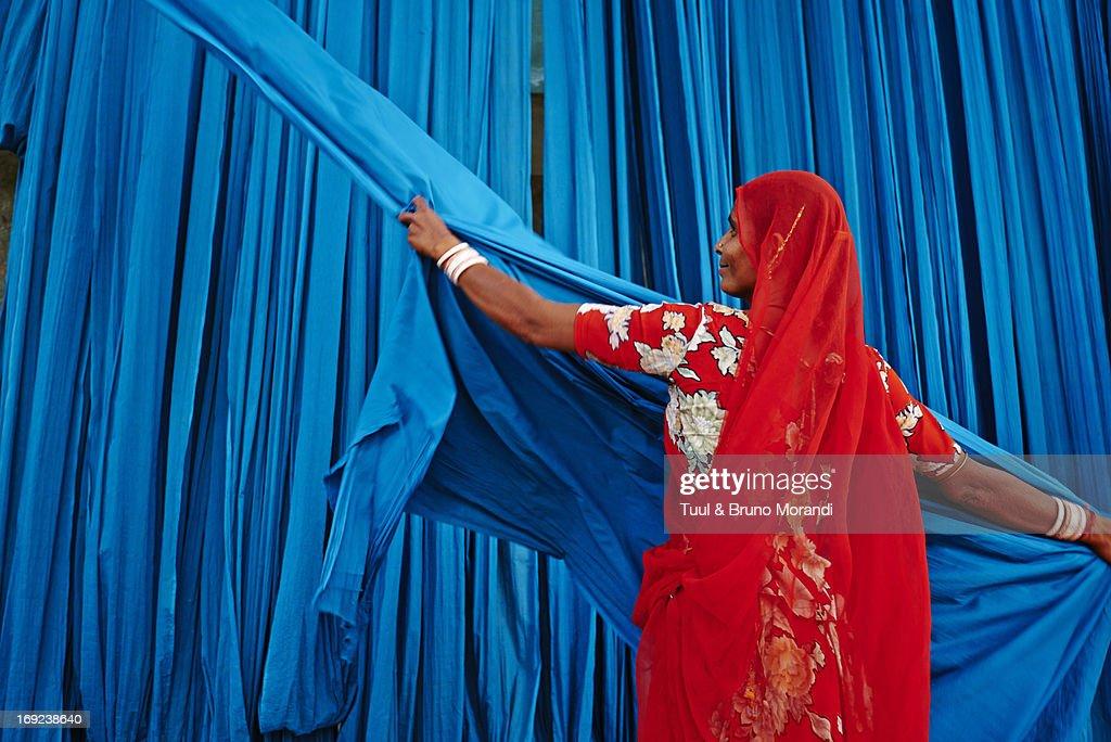 India, Rajasthan, Sari Factory. : Stock Photo