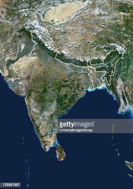 India true colour satellite image with border This image shows the Indian subcontinent bordered by Pakistan to the northwest and China and Nepal to...