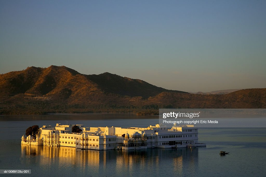 India, Udaipur, Lake Palace Hotel : Stockfoto