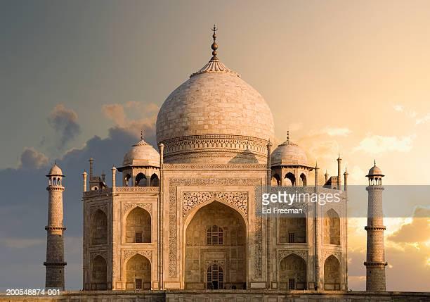 india, uttar pradesh, agra, taj mahal, dawn - taj mahal stock pictures, royalty-free photos & images