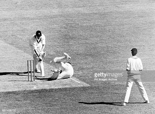 India wicketkeeper Farokh Engineer tries to catch Victoria's Ian Redpath as teammate Venkataraman Subramanya watches