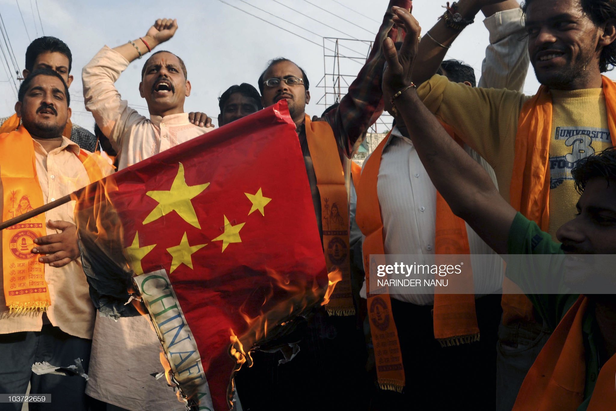 Indian activists of the right-wing Hindu : News Photo