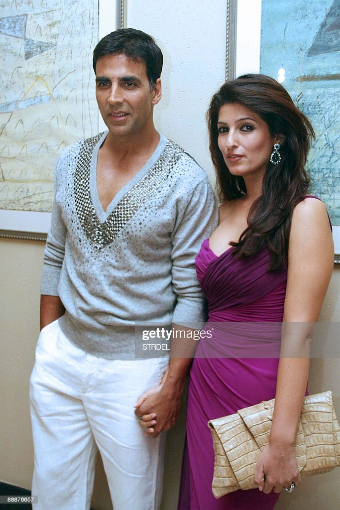 Indian actor Akshay Kumar and his wife Twinkle Khanna pose ...