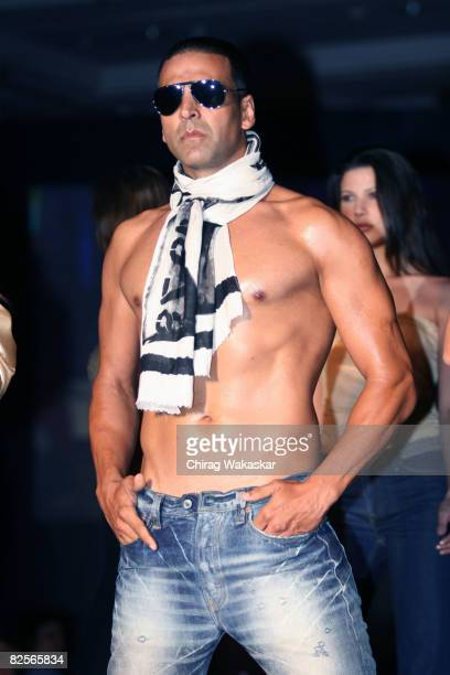 Indian actor and Levi's 501 brand ambassador Akshay Kumar poses on the catwalk during Levis 501 Unbuttoned Campaign at Taj Land's End on August 26...