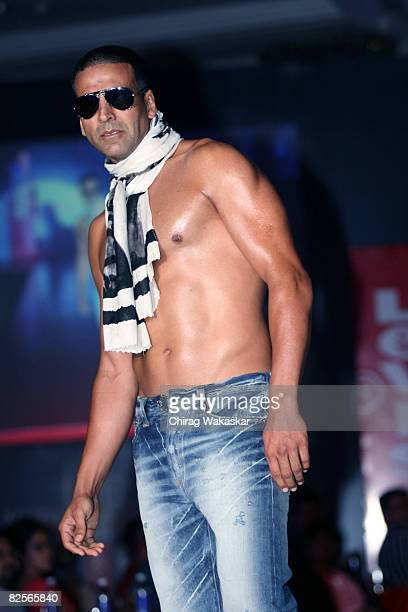 Indian actor and Levi's 501 brand ambassador Akshay Kumar poses on the catwalk during Levis 501 'Unbuttoned Campaign' at Taj Land's End on August 26...