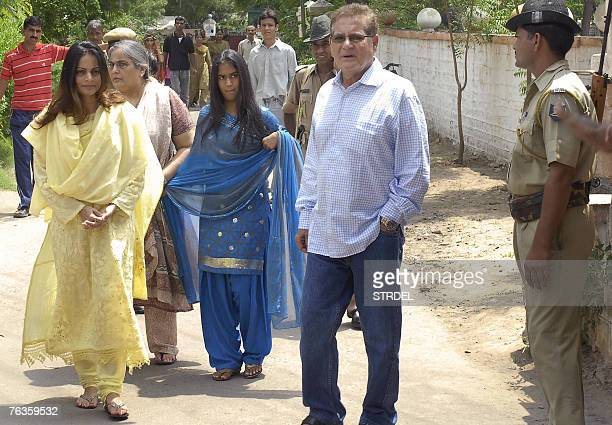 Indian actor Salman Khan' sisters Alivera and Arpita along with his mother Salma and father Salim leave Jodhpur's jail after paying a visit to the...
