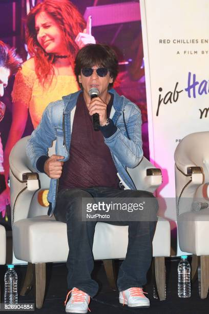 Indian Actor Shah Rukh Khan at the press conferences at the Film director Imtiaz Ali upcoming film Jab Harry Met Sejal promotion on August 052017 in...