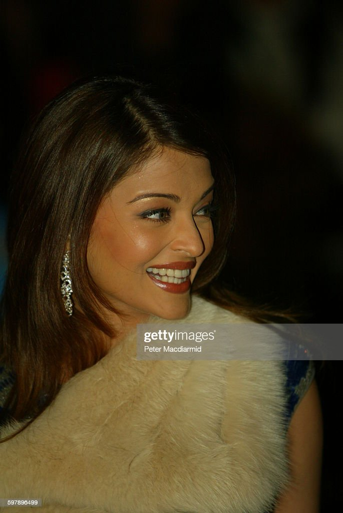 Indian actress Aishwarya Rai arrives at the premiere of 'Bride and Prejudice' at the London Palladium London 4th October 2004