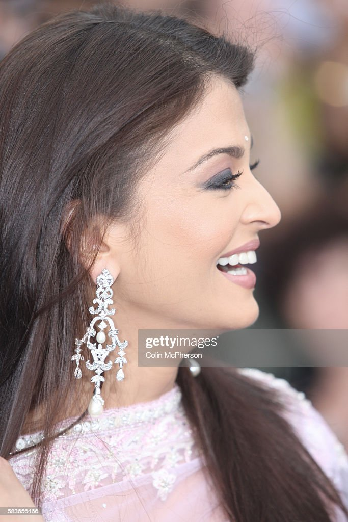 Indian actress Aishwarya Rai arriving at the International Indian Film Academy Awards ceremony at the Hallam Arena in Sheffield for the annual IIFA...