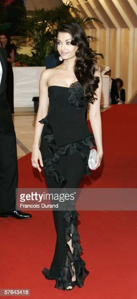 Indian actress Aishwarya Rai attends the Opening Ceremony dinner at the Palais during the 59th International Cannes Film Festival May 17 2006 in...