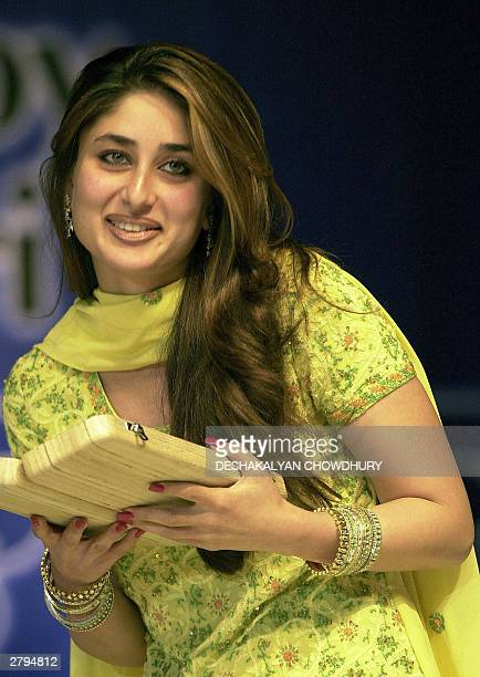 Indian actress Kareena Kapoor poses at a film award giving programme in Calcutta late 08 December 2003 Kapoor collected the award for her performance...