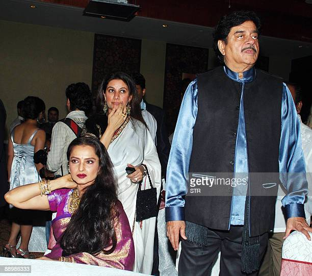 Indian actress Rekha producer Kamia Malhotra and actorturnedpolitician Shatrughan Sinha attend a party honouring Sinha's election to the national...