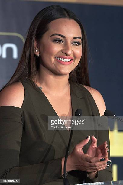 Indian actress Sonakshi Sinha attends the 17th International Indian Film Academy awards press conference at the Retiro Park on March 14 2016 in...