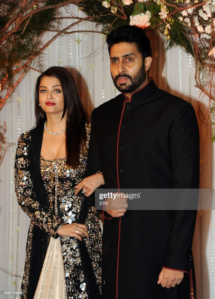 Indian Bollywood Abhishek BachchanRand Actress Aishwarya Rai BachchanL Pose