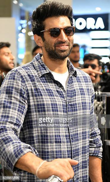 Indian Bollywood actor Aditya Roy Kapoor arrives ahead of a promotional event at a mall in Bangalore on April 29 2016 / AFP / Manjunath Kiran