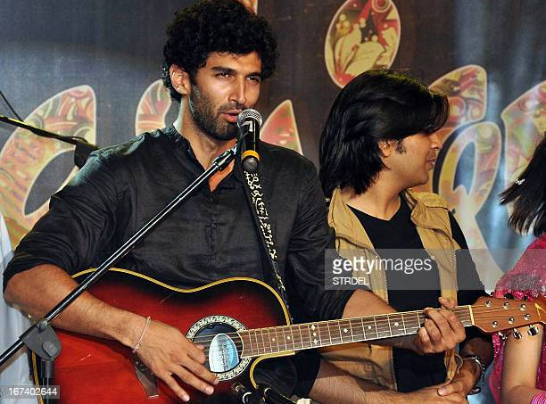 Indian Bollywood actor Aditya Roy Kapoor performs during a promotional event for the Hindi film Aashiqui 2 in Mumbai on April 24 2013 AFP PHOTO/STR