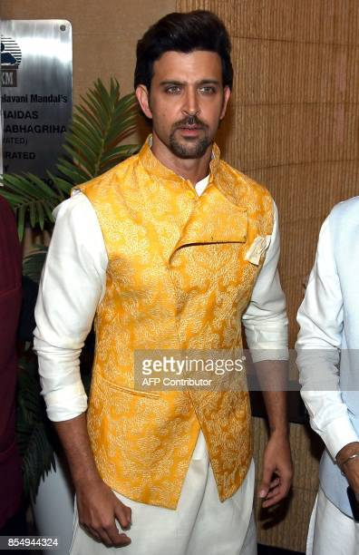 Indian Bollywood actor Hrithik Roshan attends a promotional event in Mumbai on September 27 2017 / AFP PHOTO / STR