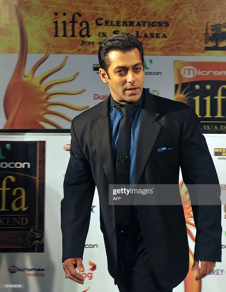 Indian Bollywood actor Salman Khan arrives at the International Indian Film Academy (IIFA) awards in Colombo on June 5, 2010. Bollywood actors arrived in Sri Lanka to attend the three-day International Indian Film Academy (IIFA) awards and surrounding events that begun in Colombo on June 3. AFP PHOTO/ Punit PARANJPE