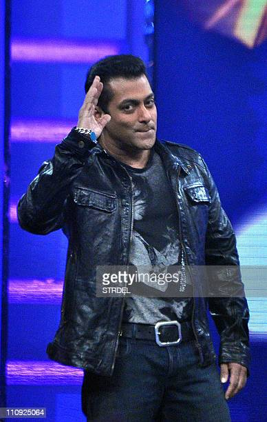 Indian Bollywood actor Salman Khan arrives onset during Indian television's new show 'Guinness World Records Ab India Todega' in Mumbai on March 26...