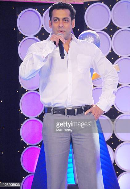 Indian Bollywood actor Salman Khan at the Indian Boradcast Network 7's �Super Idols� of the Nation Award ceremony in Mumbai on November 29 2010