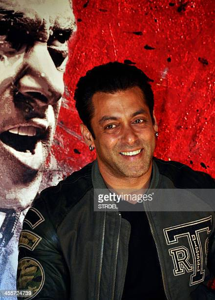 Indian Bollywood actor Salman Khan attends the preview trailer for the forthcoming Hindi film Jai Ho in Mumbai on December 12 2013 AFP PHOTO/STR