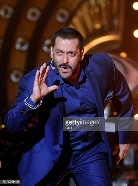 Indian Bollywood actor Salman Khan hosts the reality show 'Bigg Boss Na' in Lonavala on December 19 2015 AFP PHOTO / AFP / STR